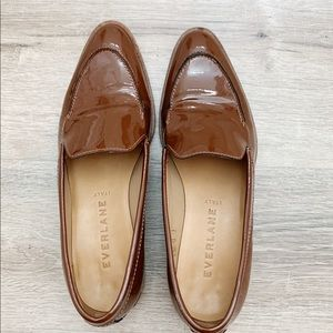 Brown Patent leather Loafer in 7.5.